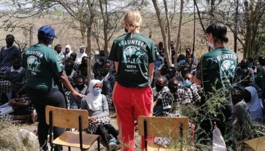 Volunteers participating in a Female Empowerment workshop in Kenya